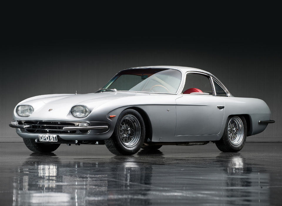 Первые автомобили известнейших брендов
