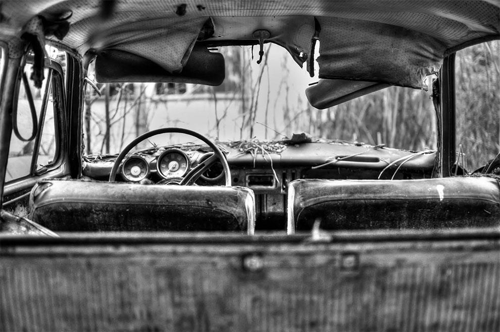Загадочное автомобильное кладбище в Польше