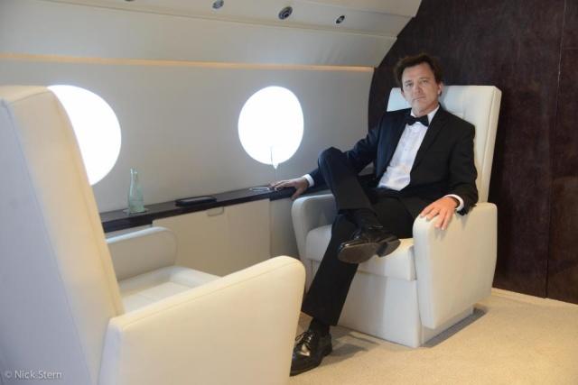 Как делают солидные снимки на борту частного самолета
