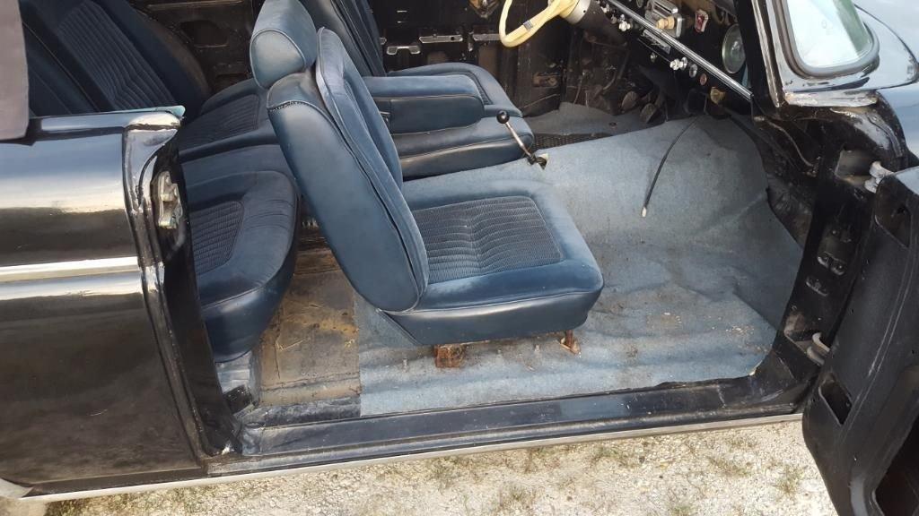 Редкий кабриолет ГАЗ-13 Чайка продается в Германии
