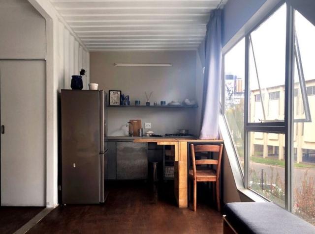 Доступное жилье из морских контейнеров в Йоханнесбурге