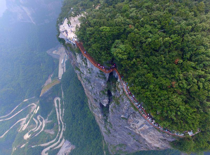 Экстремальные туристические достопримечательности в Китае