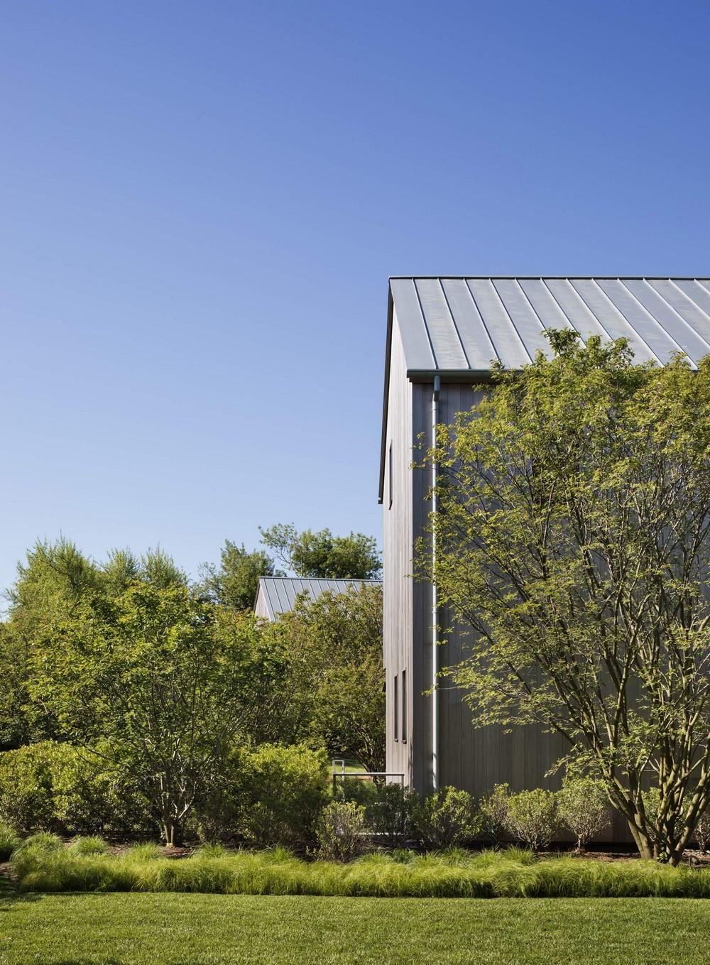 Стильная резиденция на берегу озера в США