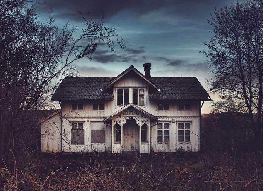 Заброшенные дома Скандинавии на снимках Бритт-Мари Бай