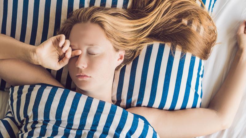 Какая поза для сна лучше