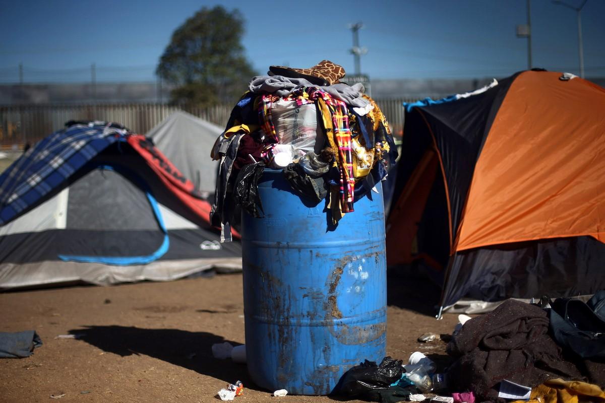 Условия жизни в лагере мигрантов в Тихуане