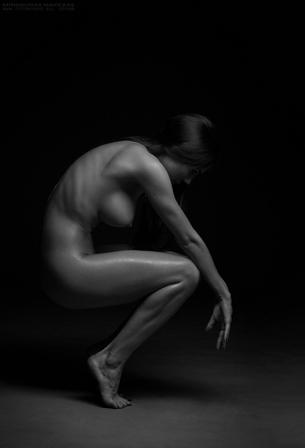 Чувственные снимки девушек от Миндаугаса Навицкаса