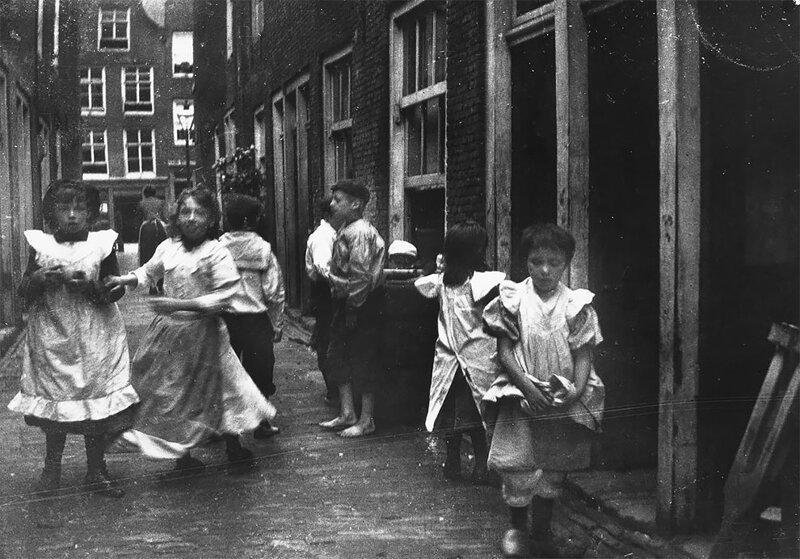 Az 1890-es évek Amszterdam utcái Georg Hendrik Breitner lencséjében