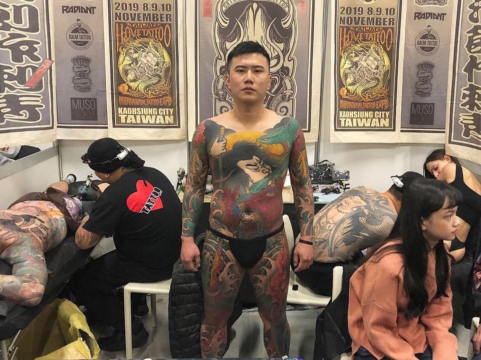 Ежегодная конвенция татуировки и боди-арта в Милане