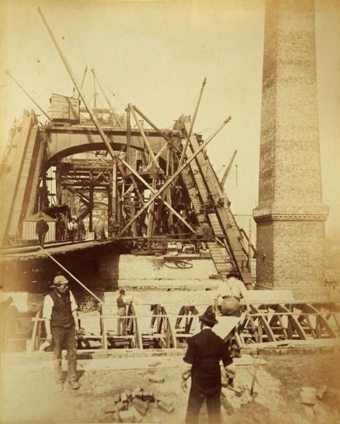 Hogyan épült a Tower Bridge