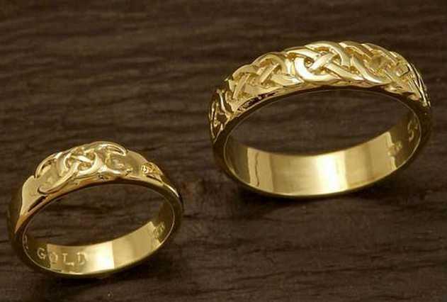 Ради обручальных колец жених полтора года добывал в горах золото