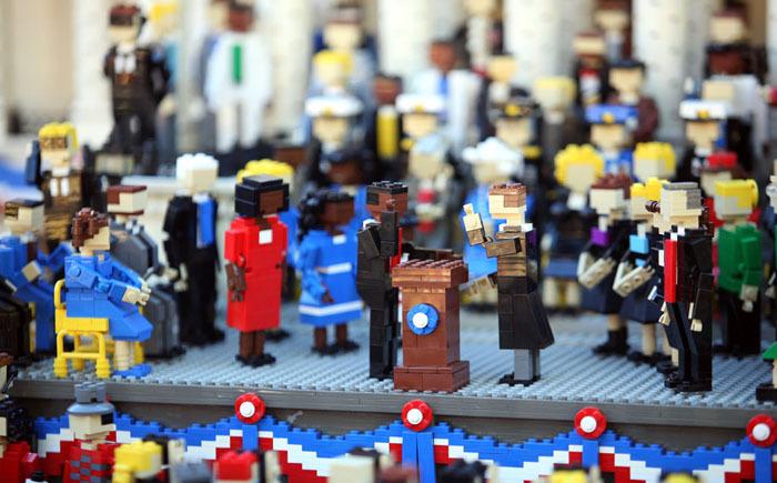 10 самых потрясающих лего-моделей в мире