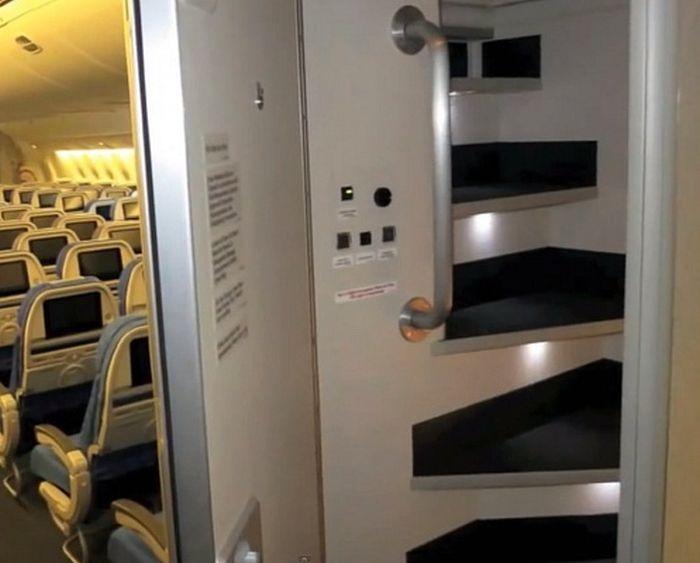 Комнаты отдыха для экипажа пассажирских самолетов Boeing