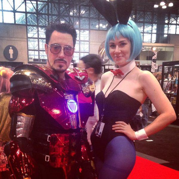 Девушки на фестивале New York City Comic Con 2014
