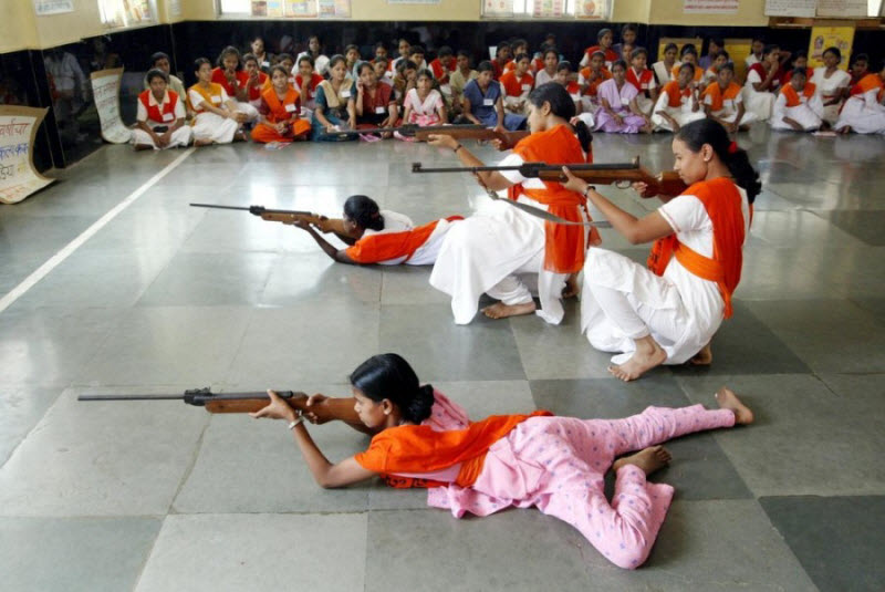 Женщины и оружие в Индии