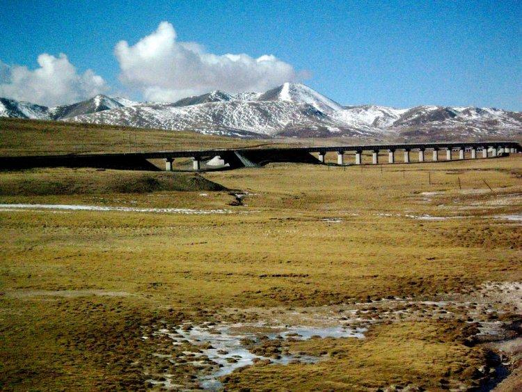 Высокогорная магистраль Цинхай-Пекин