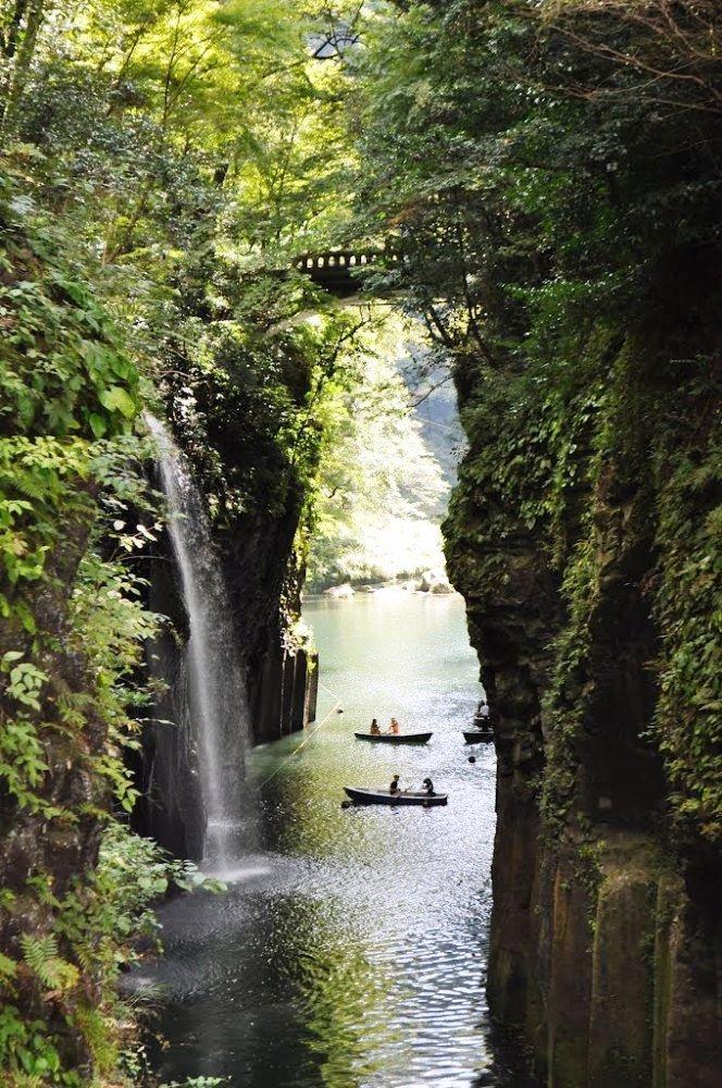 Ущелье Такатихо в Японии