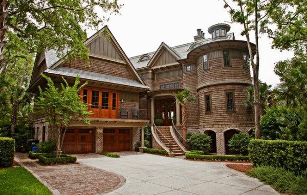 Впечатляющие дома