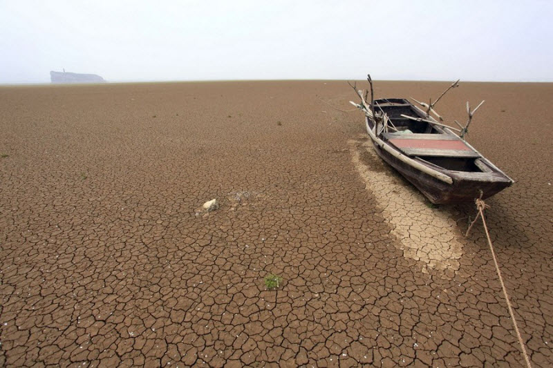 Зловещее озеро Поян в Китае