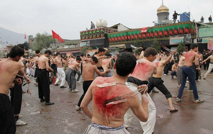 Траурный праздник мусульман-шиитов