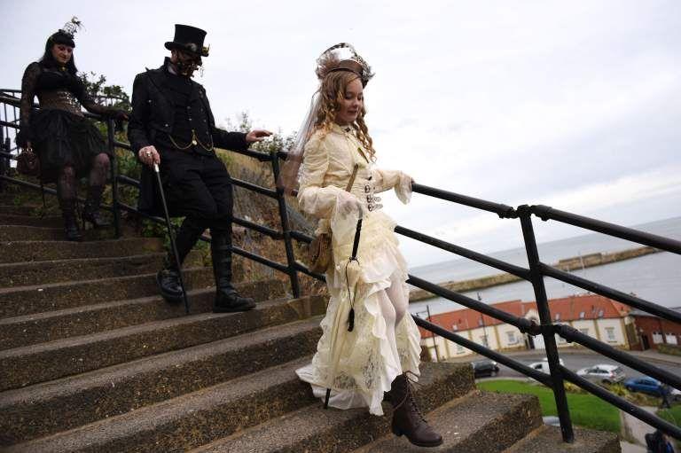 Фестиваль готической культуры Уитби Готик Уикенд