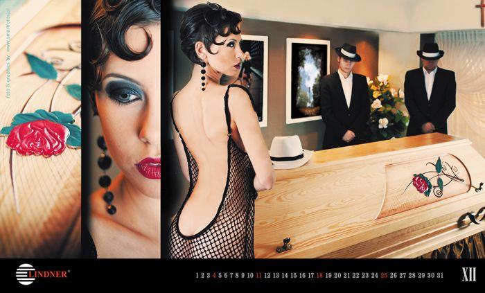 Эротический календарь от компании Lindner