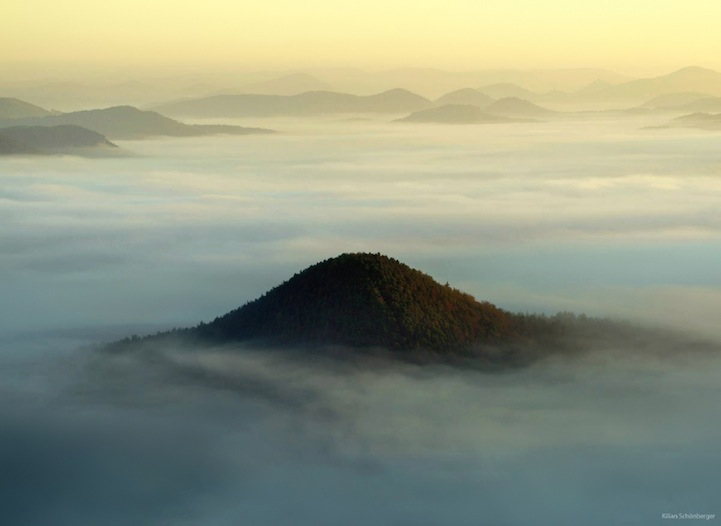 Утренние туманные пейзажи