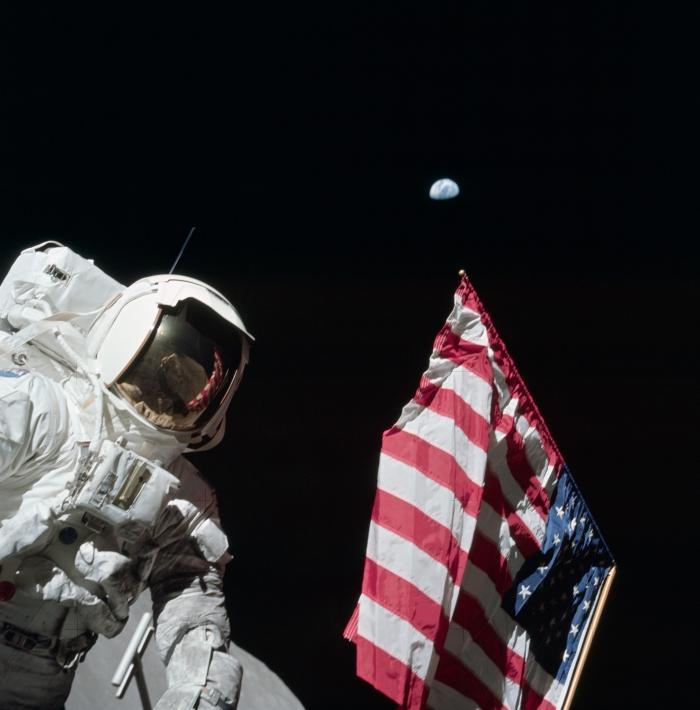 Бывали ли американцы на Луне?