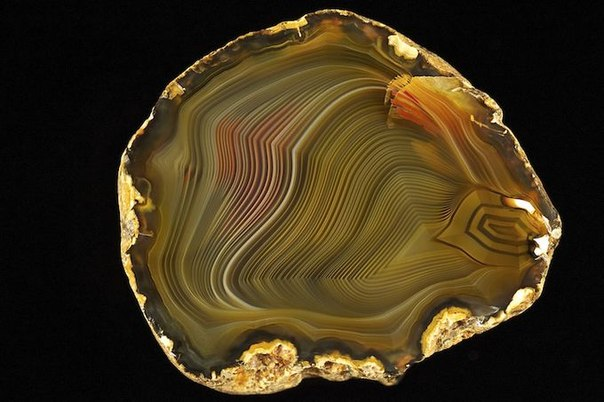 Яркий камень - агат