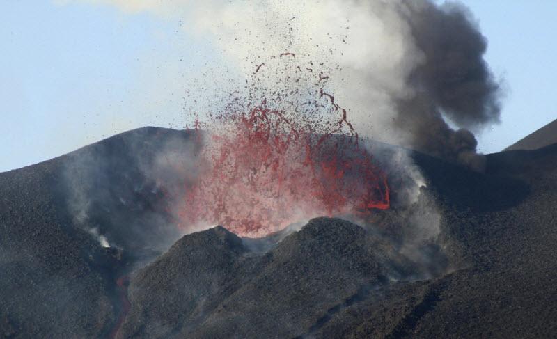 Интересные извержения вулканов в 2014