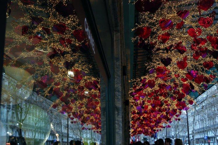 Париж в преддверии Рождества