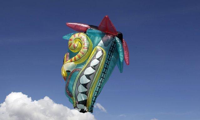 Солнечный фестиваль воздушных шаров в Колумбии