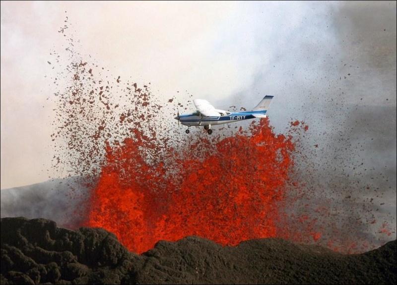 Экстремальный полет над извергающимся вулканом