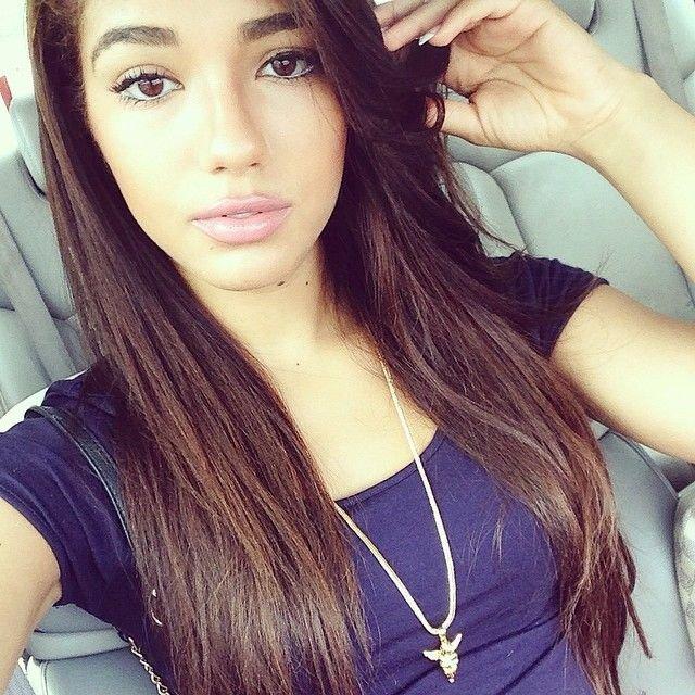 Красивые девушки в Инстаграме