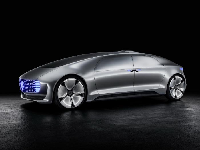 Концепт самоуправляемого автомобиля Mercedes F 015 Luxury