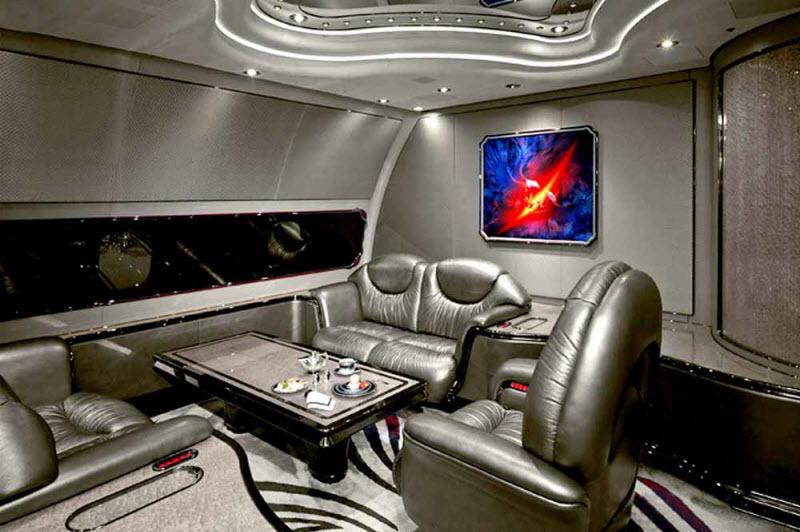 Как облагородить интерьер своего самолета