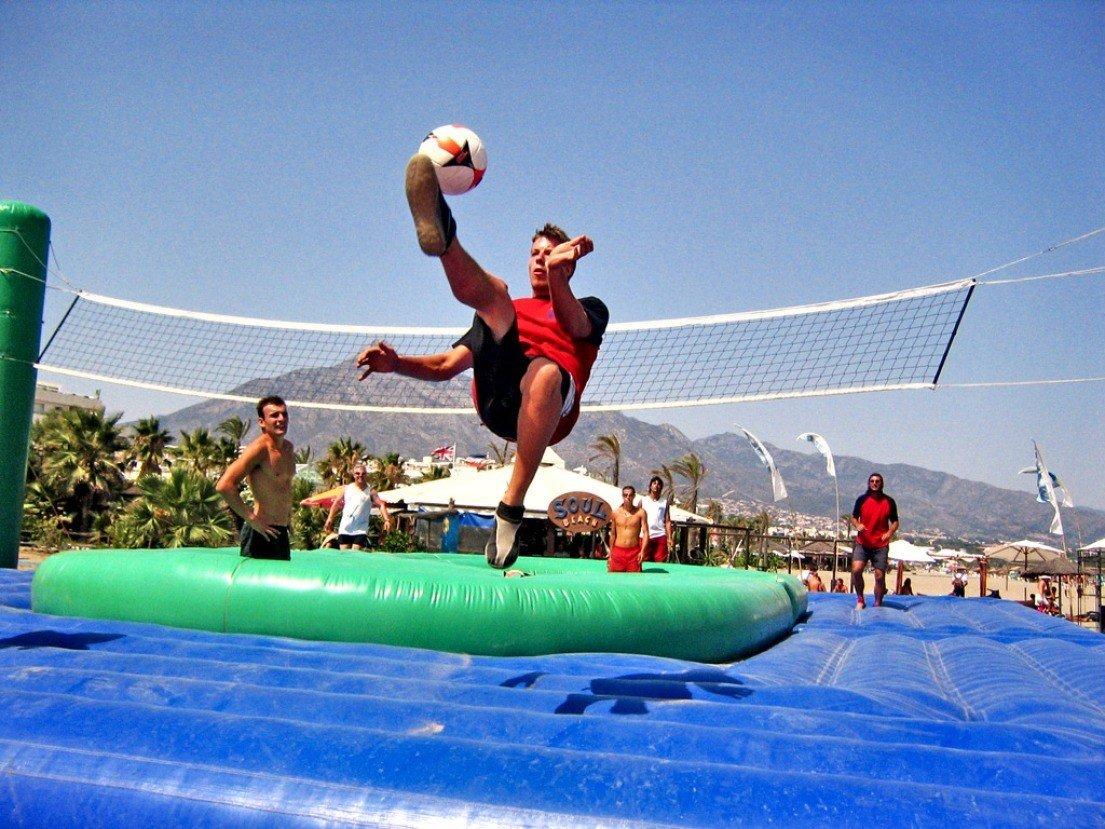 Самые шокирующие виды спорта со всего мира