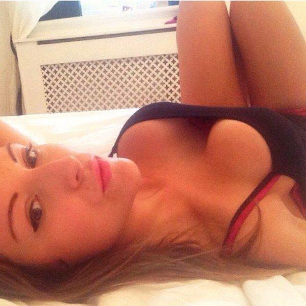 Красивые девушки с выдающимся бюстом