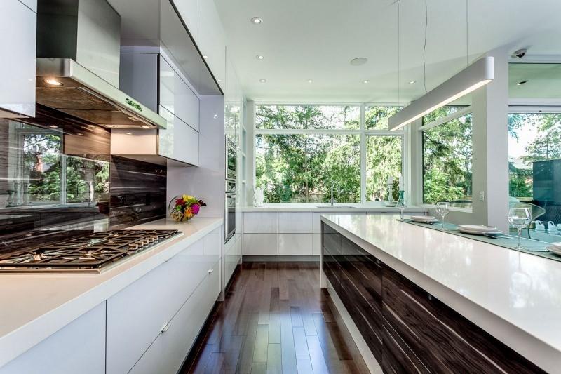 Элегантный дом в Канаде за 2,4 миллиона долларов