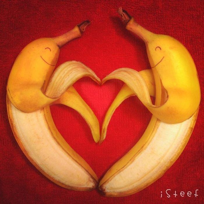 Забавные персонажи из бананов