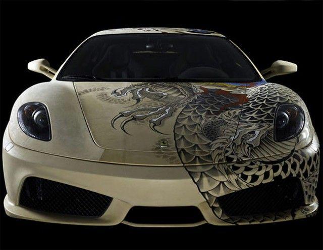 Кожаная Ferrari с татуировками якудзы