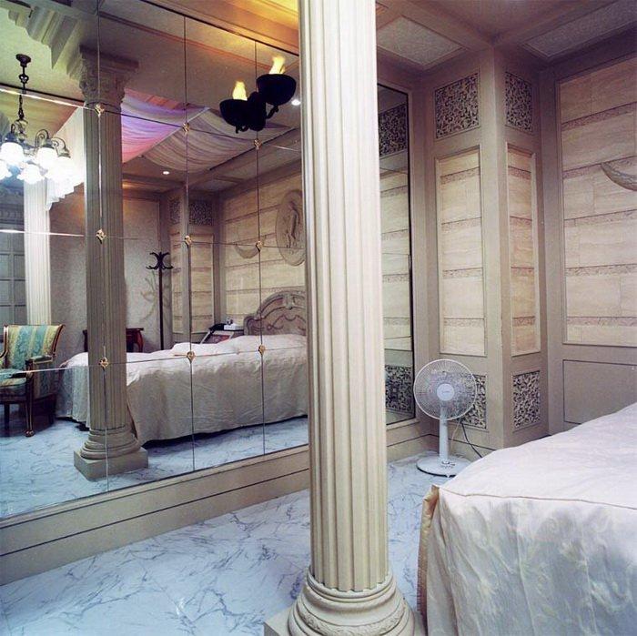 Интерьеры комнат в японских отелях для любви
