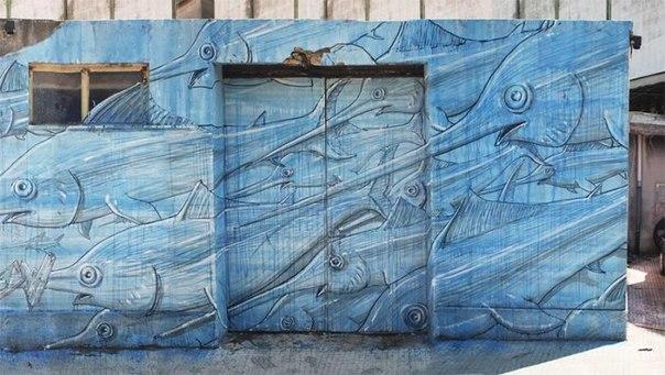 Большие уличные рисунки Blu