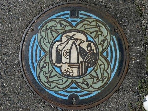 Оригинальные канализационные люки