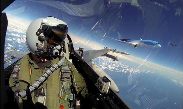 Селфи пилотов ВВС разных стран
