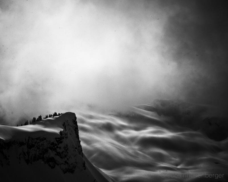 Горные ландшафты на чёрно-белых фотографиях