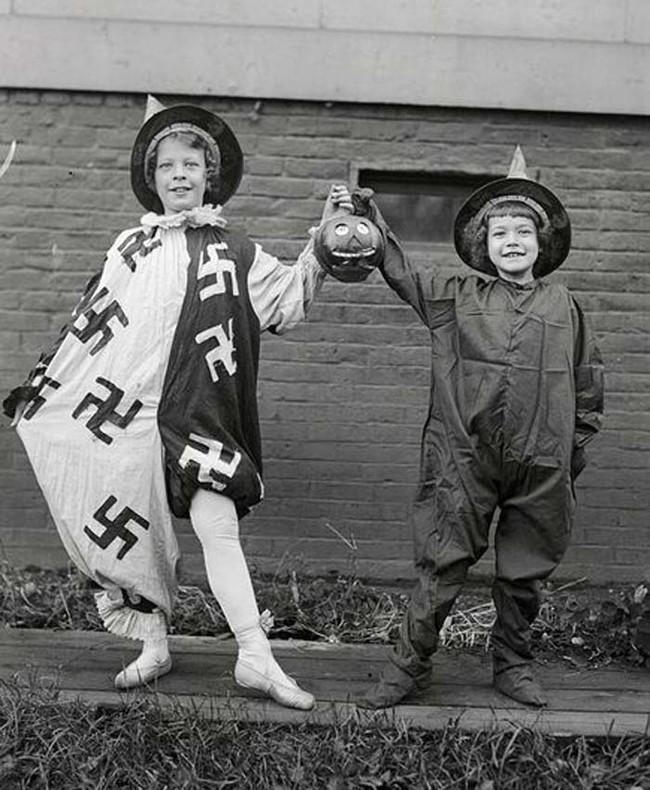 Свастика до Второй мировой войны