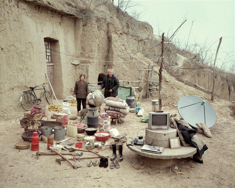 Китайские семьи с всем нажитым добром