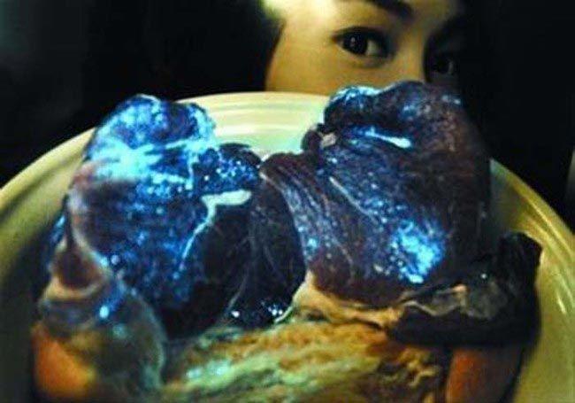 Поддельная и светящаяся еда из ресторанов Китая