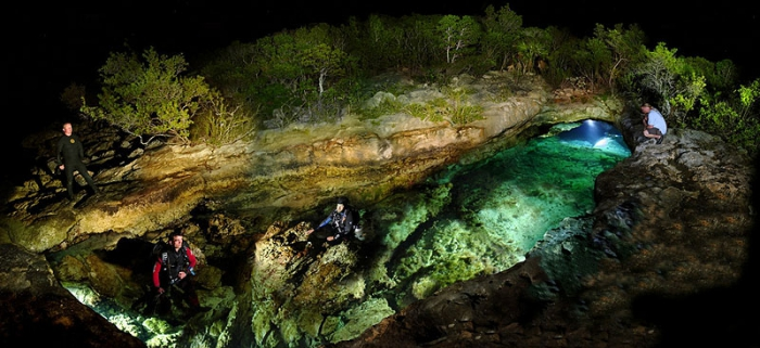 Красота подводных пещер со всего мира